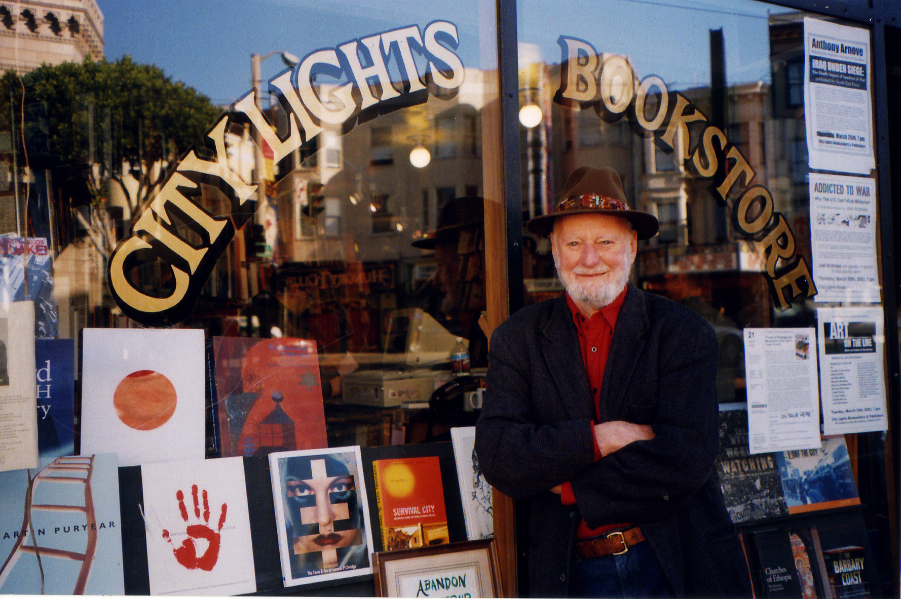 Ferlinghetti_In_Front_Of_City_Lights